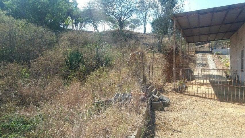Casa Lara>Barquisimeto>El Manzano - Venta:9.500 Precio Referencial - codigo: 19-7643