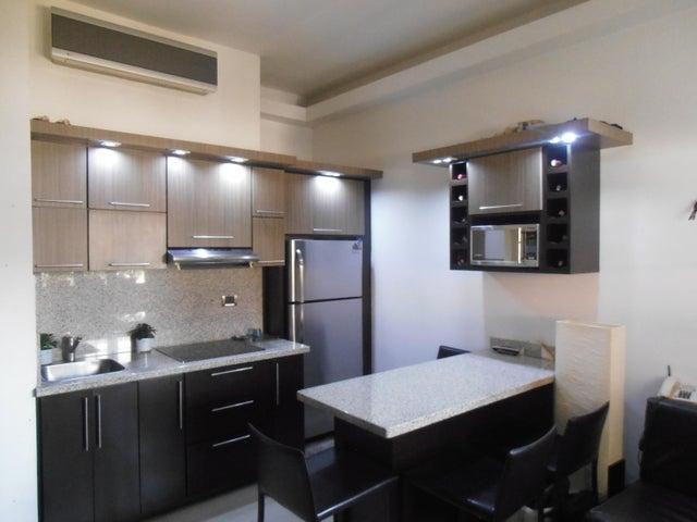 Townhouse Zulia>Ciudad Ojeda>La N - Venta:14.000 Precio Referencial - codigo: 19-7367