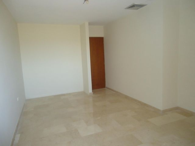 Townhouse Zulia>Maracaibo>Avenida Milagro Norte - Venta:50.000 Precio Referencial - codigo: 19-7411