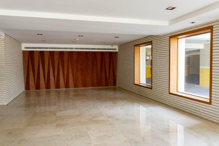 Apartamento Zulia>Maracaibo>Avenida El Milagro - Venta:185.000 Precio Referencial - codigo: 19-7435