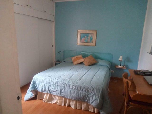 Apartamento Distrito Metropolitano>Caracas>Colinas de Bello Monte - Venta:150.000 Precio Referencial - codigo: 19-7463