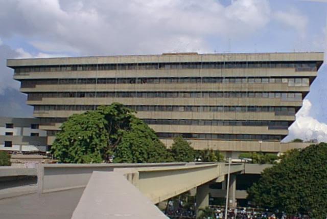 Oficina Distrito Metropolitano>Caracas>Chuao - Venta:300.000 Precio Referencial - codigo: 19-7471