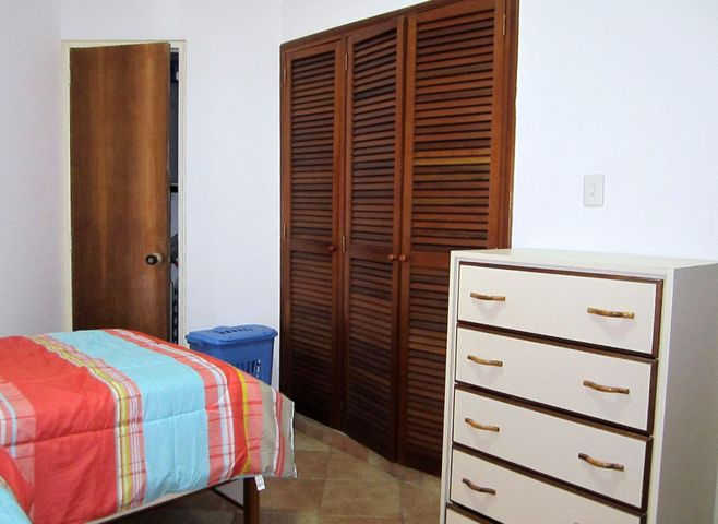 Apartamento Nueva Esparta>Margarita>Bella Vista - Venta:28.000 Precio Referencial - codigo: 19-7482
