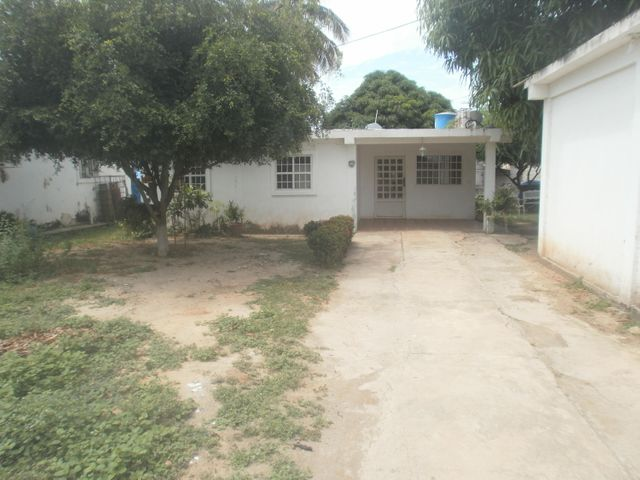 Casa Zulia>Ciudad Ojeda>Intercomunal - Venta:13.000 Precio Referencial - codigo: 19-7451