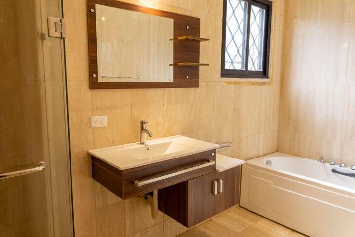 Casa Zulia>Maracaibo>Indio Mara - Alquiler:600 Precio Referencial - codigo: 19-7554