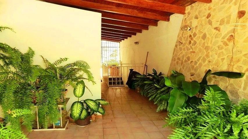 Casa Vargas>La Guaira>Macuto - Venta:89.000 Precio Referencial - codigo: 19-7563