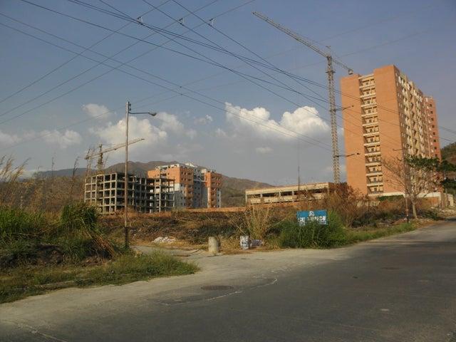 Terreno Carabobo>Municipio Naguanagua>Manantial - Venta:95.000 Precio Referencial - codigo: 19-7570