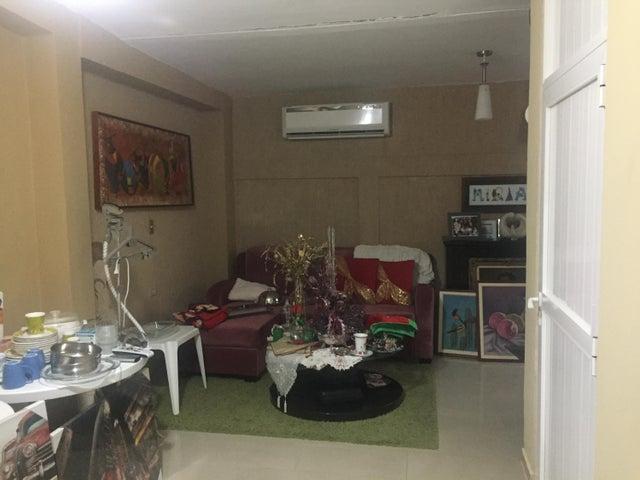 Casa Falcon>Punto Fijo>Puerta Maraven - Venta:42.000 Precio Referencial - codigo: 19-5024