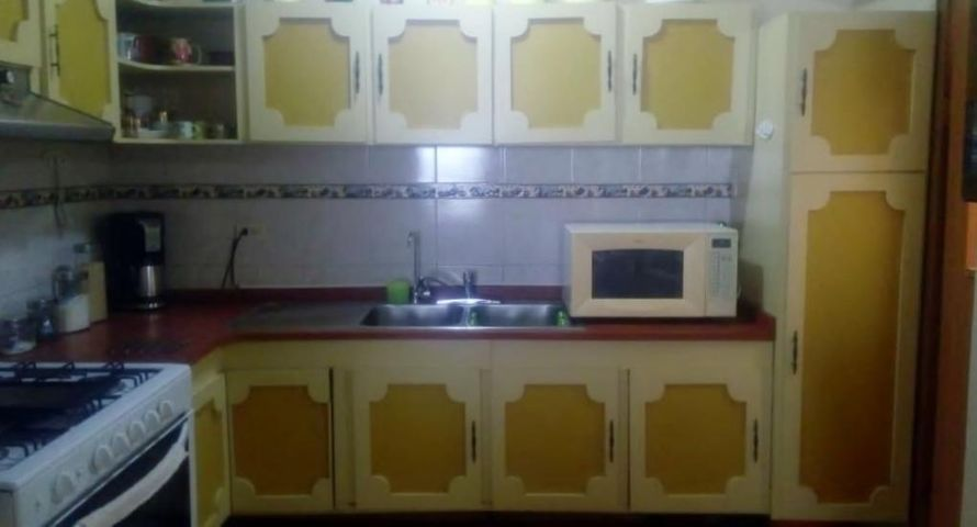 Apartamento Zulia>Maracaibo>Avenida Delicias Norte - Venta:20.000 Precio Referencial - codigo: 19-7697