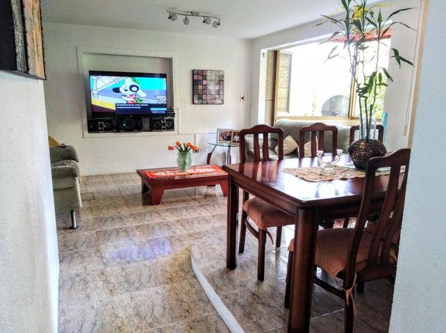 Apartamento Distrito Metropolitano>Caracas>Terrazas del Avila - Venta:80.000 Precio Referencial - codigo: 19-7698