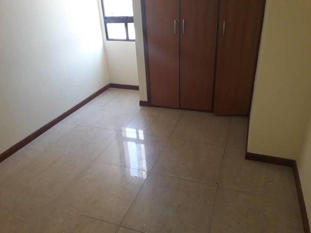 Apartamento Lara>Barquisimeto>Zona Este - Alquiler:350 Precio Referencial - codigo: 19-7839
