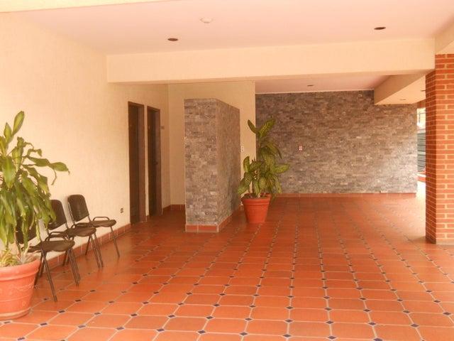 Apartamento Distrito Metropolitano>Caracas>Campo Alegre - Venta:120.000 Precio Referencial - codigo: 19-2127