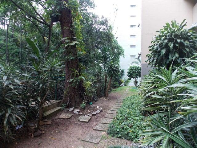 Apartamento Distrito Metropolitano>Caracas>Terrazas del Club Hipico - Venta:70.000 Precio Referencial - codigo: 19-7805