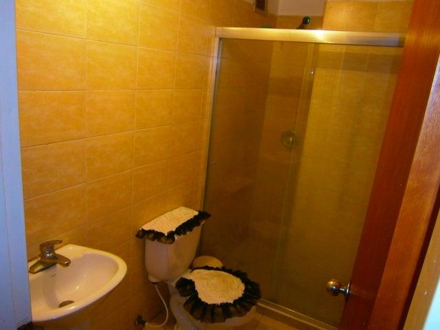 Apartamento Carabobo>Valencia>Agua Blanca - Venta:30.000 Precio Referencial - codigo: 19-7855