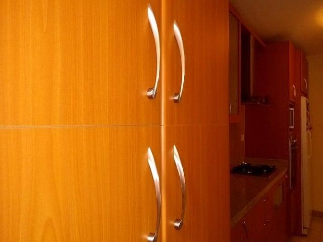 Apartamento Distrito Metropolitano>Caracas>Colinas de La Tahona - Venta:75.000 Precio Referencial - codigo: 19-7862
