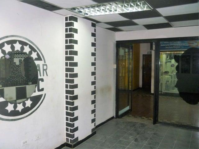Local Comercial Aragua>Maracay>Zona Centro - Venta:32.000 Precio Referencial - codigo: 19-7867