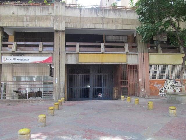 Local Comercial Distrito Metropolitano>Caracas>Parroquia Santa Teresa - Venta:21.000 Precio Referencial - codigo: 19-7872