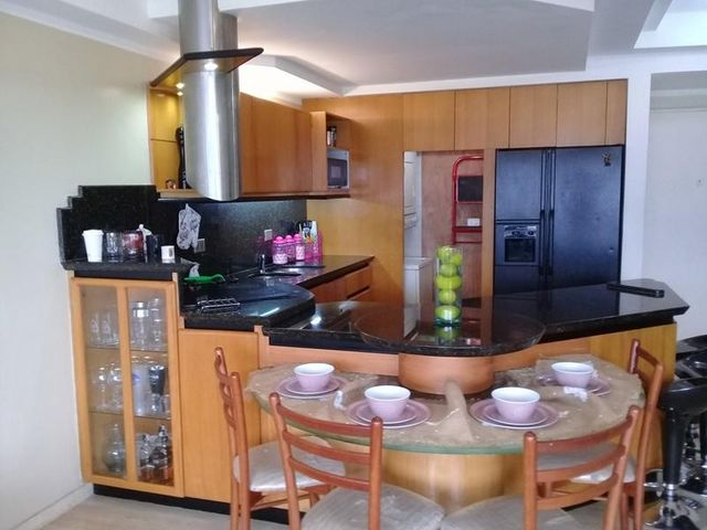 Apartamento Distrito Metropolitano>Caracas>Colinas de Bello Monte - Venta:78.000 Precio Referencial - codigo: 19-8113