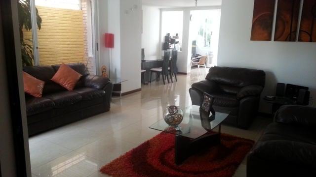 Casa Lara>Barquisimeto>Barisi - Venta:230.000 Precio Referencial - codigo: 19-7920