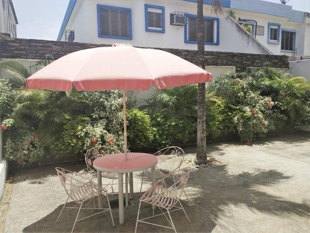 Casa Carabobo>Valencia>Prebo I - Venta:42.000 Precio Referencial - codigo: 19-7930