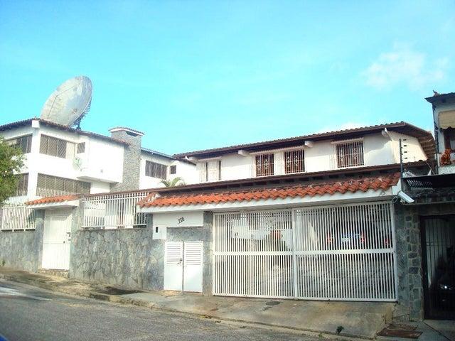 Casa Distrito Metropolitano>Caracas>Los Naranjos del Cafetal - Venta:400.000 Precio Referencial - codigo: 19-7934