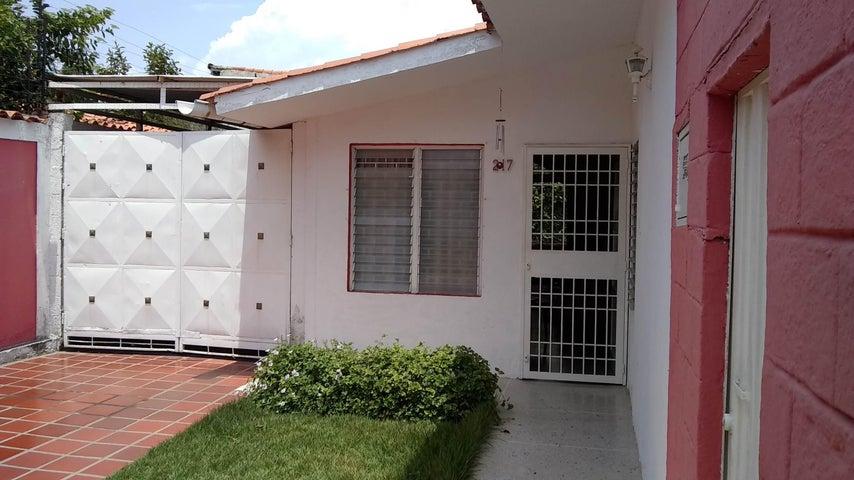 Casa Lara>Cabudare>Chucho Briceno - Venta:23.000 Precio Referencial - codigo: 19-7938