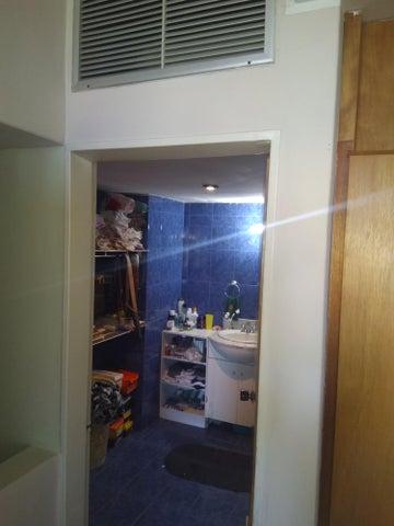 Apartamento Vargas>Parroquia Caraballeda>Caribe - Venta:55.000 Precio Referencial - codigo: 19-7945