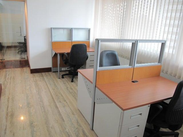 Oficina Distrito Metropolitano>Caracas>Los Palos Grandes - Venta:400.000 Precio Referencial - codigo: 19-6399