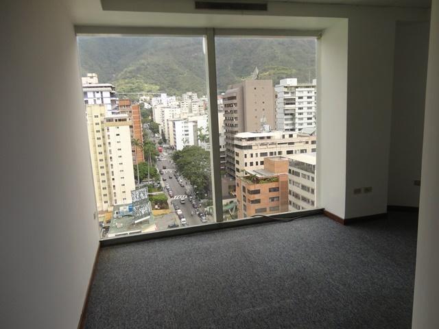 Oficina Distrito Metropolitano>Caracas>Los Palos Grandes - Venta:1.600.000 Precio Referencial - codigo: 19-7983
