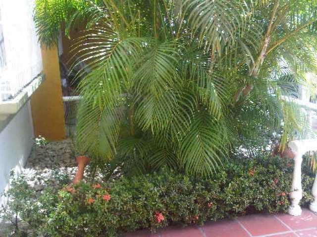 Townhouse Miranda>Guatire>El Refugio - Venta:49.000 Precio Referencial - codigo: 19-8228