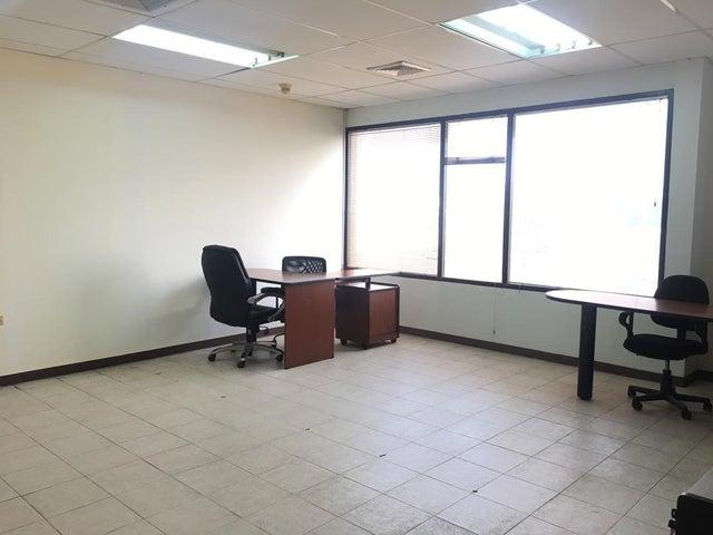 Local Comercial Falcon>Punto Fijo>Puerta Maraven - Venta:22.000 Precio Referencial - codigo: 19-5407