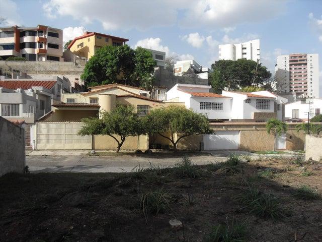 Terreno Carabobo>Valencia>El Parral - Venta:38.000 Precio Referencial - codigo: 19-8074