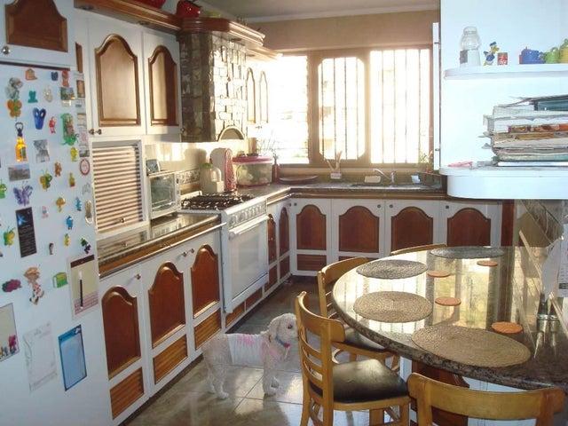 Apartamento Distrito Metropolitano>Caracas>Terrazas del Avila - Venta:80.000 Precio Referencial - codigo: 19-8089