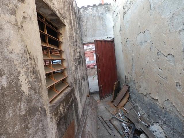 Casa Lara>Barquisimeto>Parroquia Juan de Villegas - Venta:22.500 Precio Referencial - codigo: 19-8098