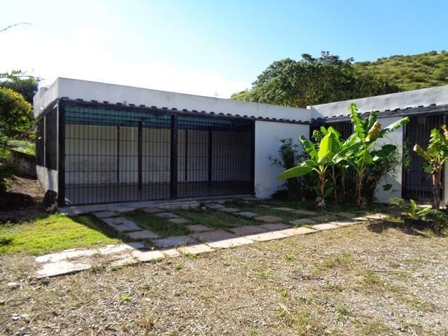 Casa Lara>Barquisimeto>Via el Ujano - Venta:5.250 Precio Referencial - codigo: 19-8118