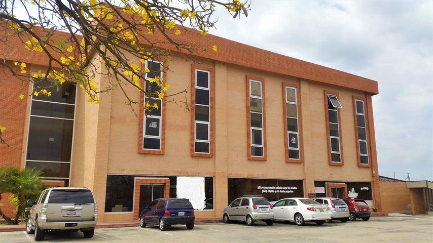 Local Comercial Carabobo>Valencia>Zona Industrial - Alquiler:150 Precio Referencial - codigo: 19-8167