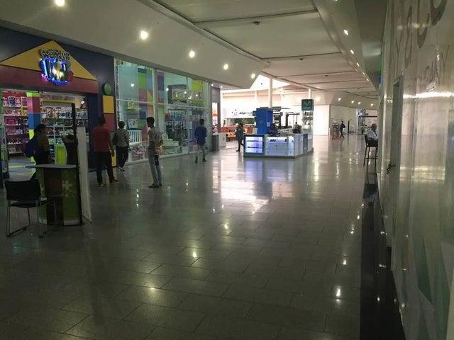 Local Comercial Zulia>Cabimas>Carretera H - Alquiler:250 Precio Referencial - codigo: 19-8169