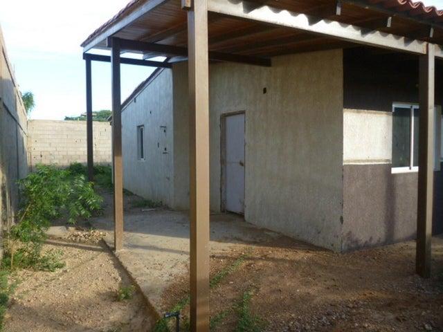 Casa Falcon>Punto Fijo>Guanadito - Venta:9.000 Precio Referencial - codigo: 19-8207