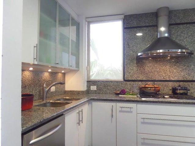 Apartamento Distrito Metropolitano>Caracas>Lomas de San Roman - Venta:450.000 Precio Referencial - codigo: 19-8266