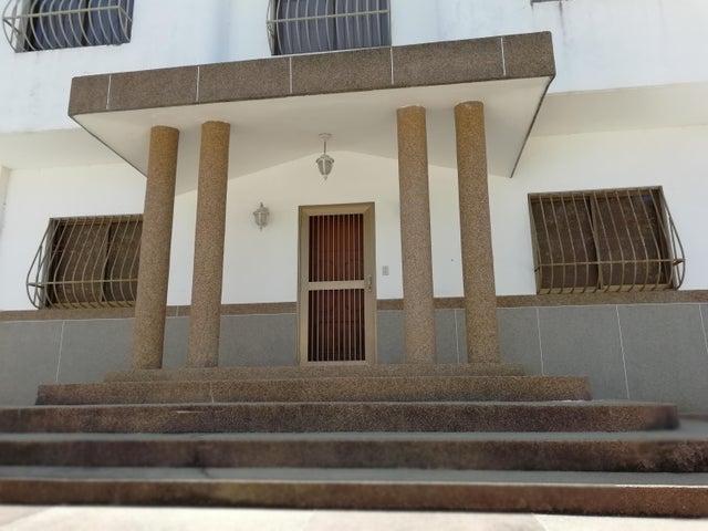 Casa Miranda>Higuerote>Ciubalgue - Venta:150.000 Precio Referencial - codigo: 19-8560