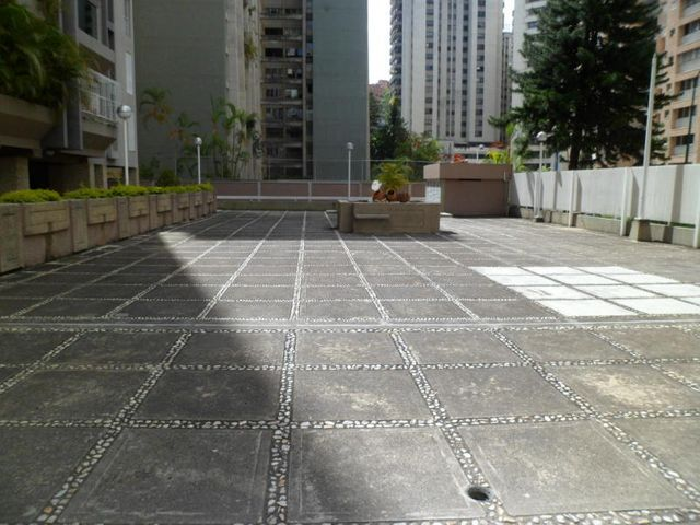 Apartamento Distrito Metropolitano>Caracas>El Cigarral - Venta:95.000 Precio Referencial - codigo: 19-8389