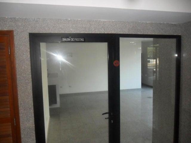 Apartamento Zulia>Maracaibo>Avenida El Milagro - Venta:105.000 Precio Referencial - codigo: 19-8393