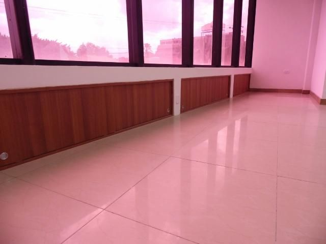 Local Comercial Lara>Barquisimeto>Parroquia Santa Rosa - Venta:44.000 Precio Referencial - codigo: 19-8425