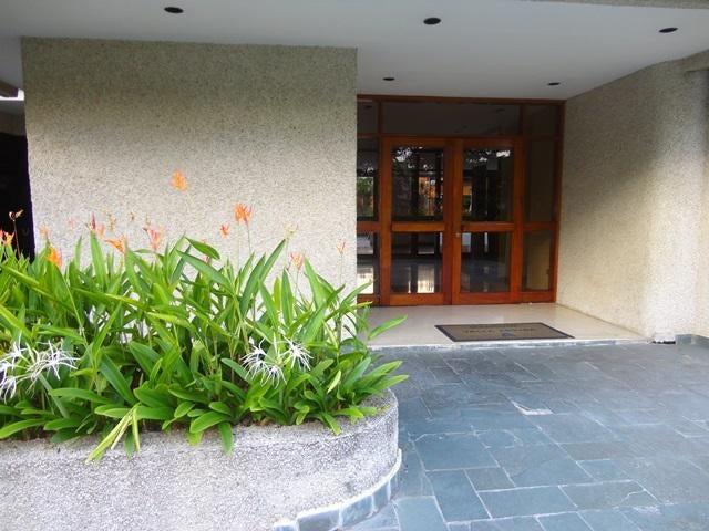 Apartamento Distrito Metropolitano>Caracas>Colinas de Valle Arriba - Venta:350.000 Precio Referencial - codigo: 19-8459