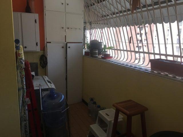 Apartamento Distrito Metropolitano>Caracas>La Urbina - Venta:50.000 Precio Referencial - codigo: 19-8471