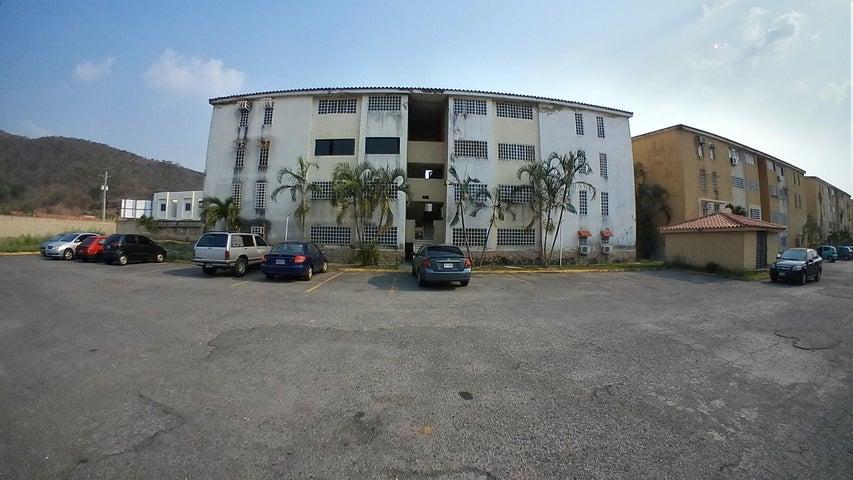 Apartamento Carabobo>Municipio Naguanagua>Manantial - Venta:15.000 Precio Referencial - codigo: 19-8544