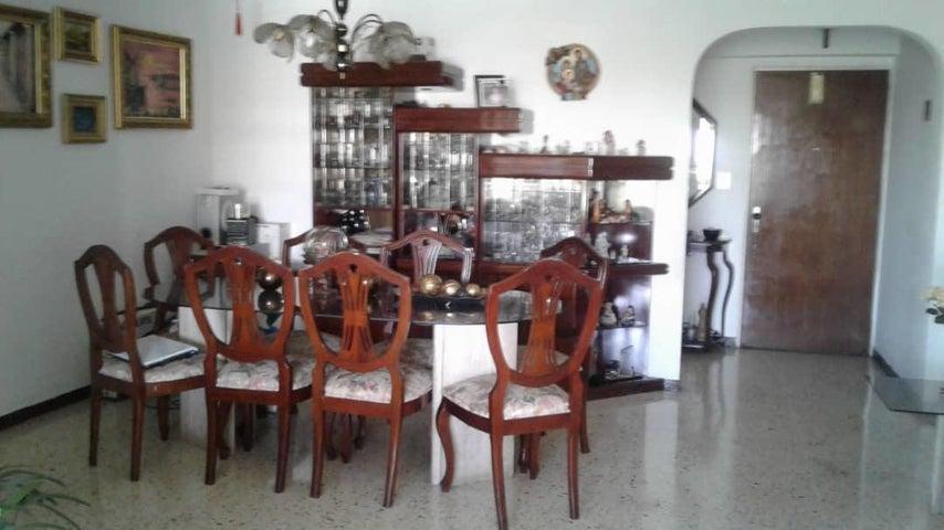 Apartamento Distrito Metropolitano>Caracas>Montalban II - Venta:45.000 Precio Referencial - codigo: 19-8744