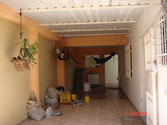 Casa Lara>Cabudare>Parroquia Jose Gregorio - Venta:16.000 Precio Referencial - codigo: 19-8645
