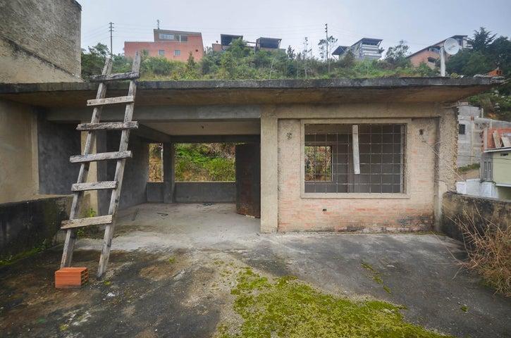 Casa Distrito Metropolitano>Caracas>El Hatillo - Venta:55.000 Precio Referencial - codigo: 19-11988