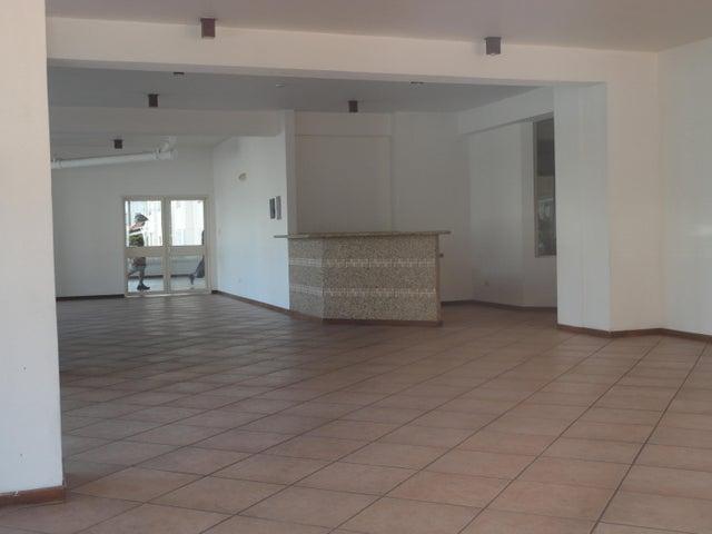 Apartamento Distrito Metropolitano>Caracas>Colinas de Bello Monte - Venta:42.000 Precio Referencial - codigo: 19-9099